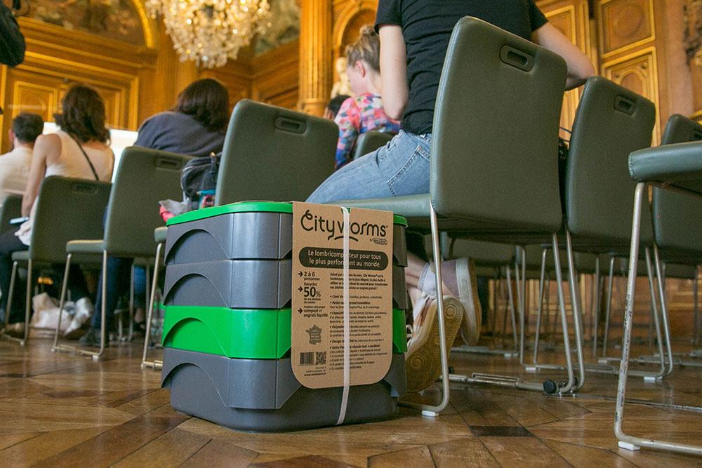 Un lombricomposteur a été fourni à tous les participants du défi